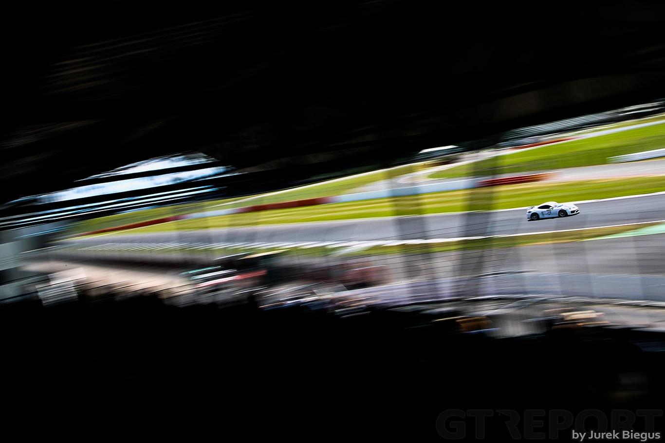 | Britcar Dunlop Endurance Championship, Silverstone. Photo: Jurek Biegus