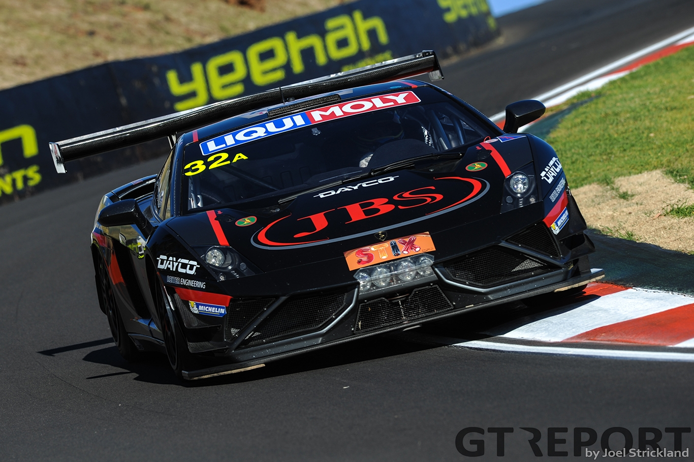JBS Australia\'\'s LamborghiniLP 600 of Roger Lago,David Russell and Steve Owen Liqui Molly Bathurst 12hr Race