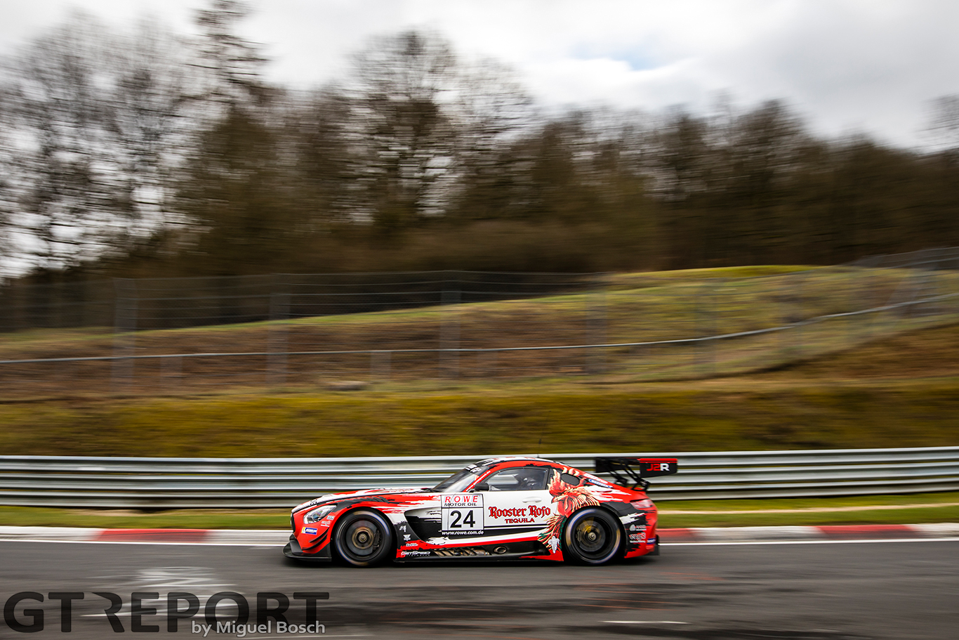 "Janine Hill: ""I love Porsche, but the AMG is better for us"""