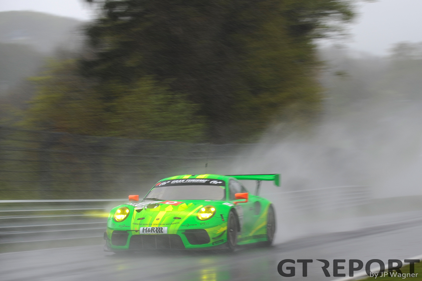 Porsche takes 1-2 in VLN3