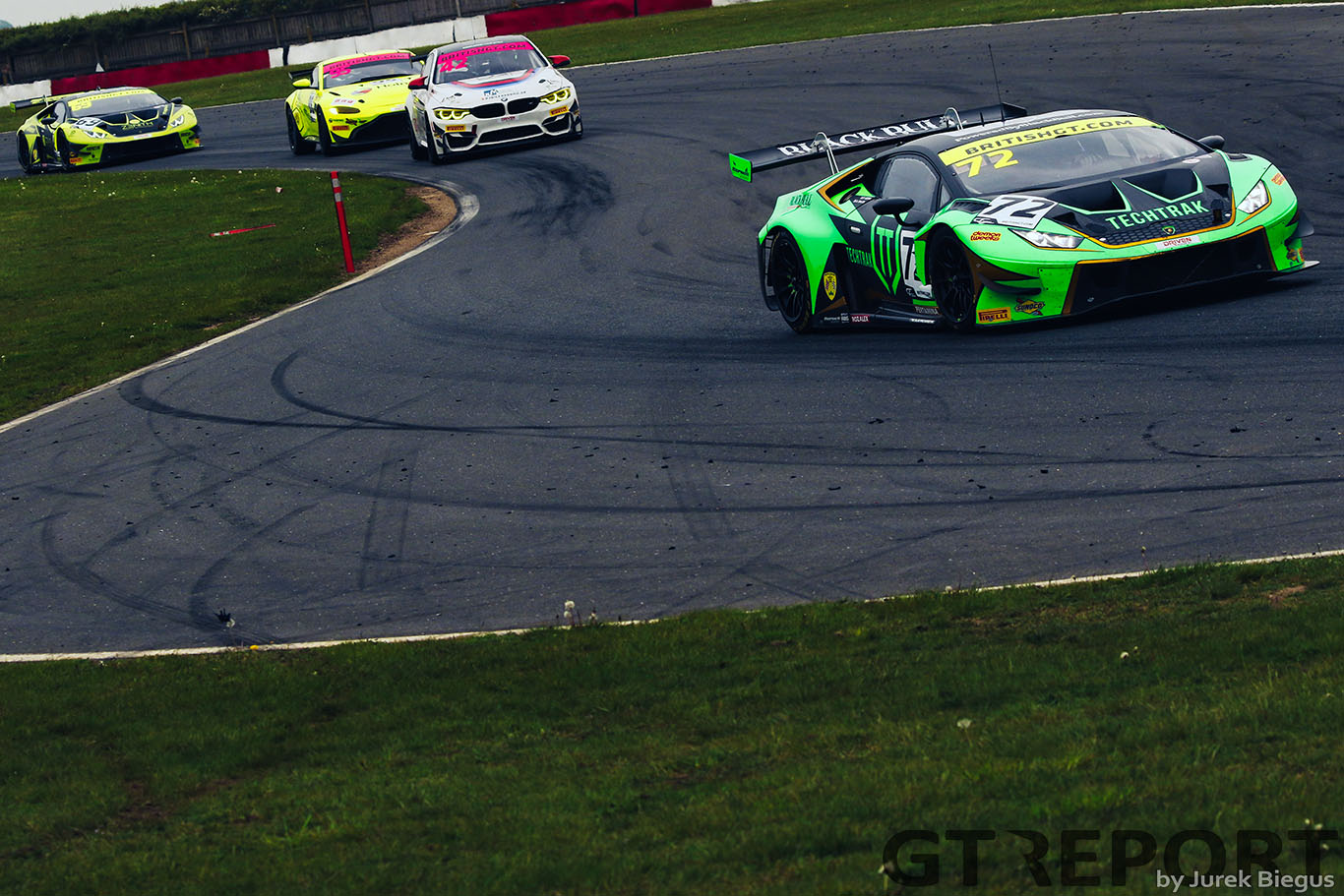 British GT Snetterton: Barwell takes tightly contested 1-2 in second race