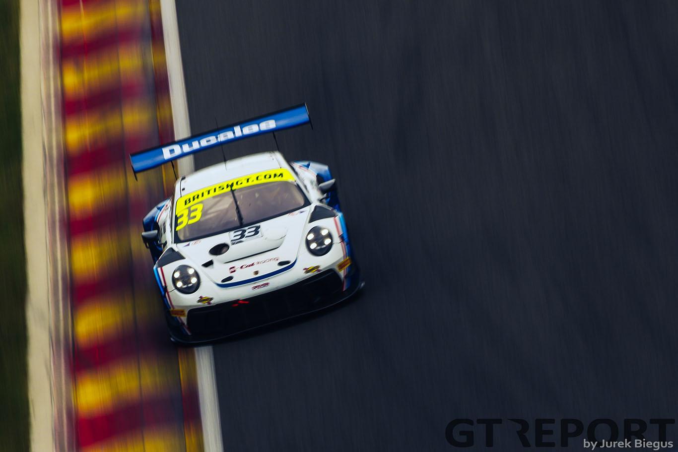 G-Cat's Porsche returns to British GT