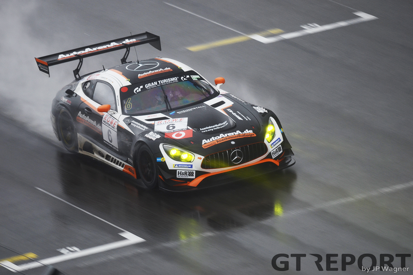 VLN6 race report: Black Falcon scores hattrick in the rain