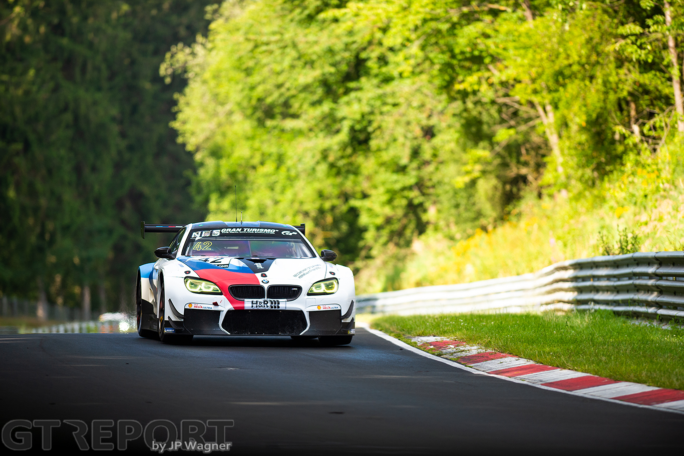 VLN2 qualifying report: Augusto Farfus flies to pole position