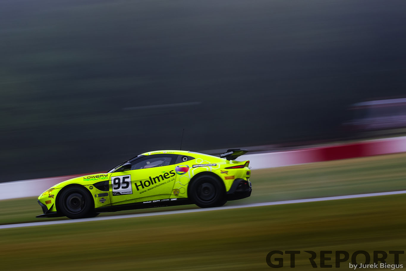 """Connor O'Brien: """"I had an offer to race GT3 but chose to stay in GT4"""""""