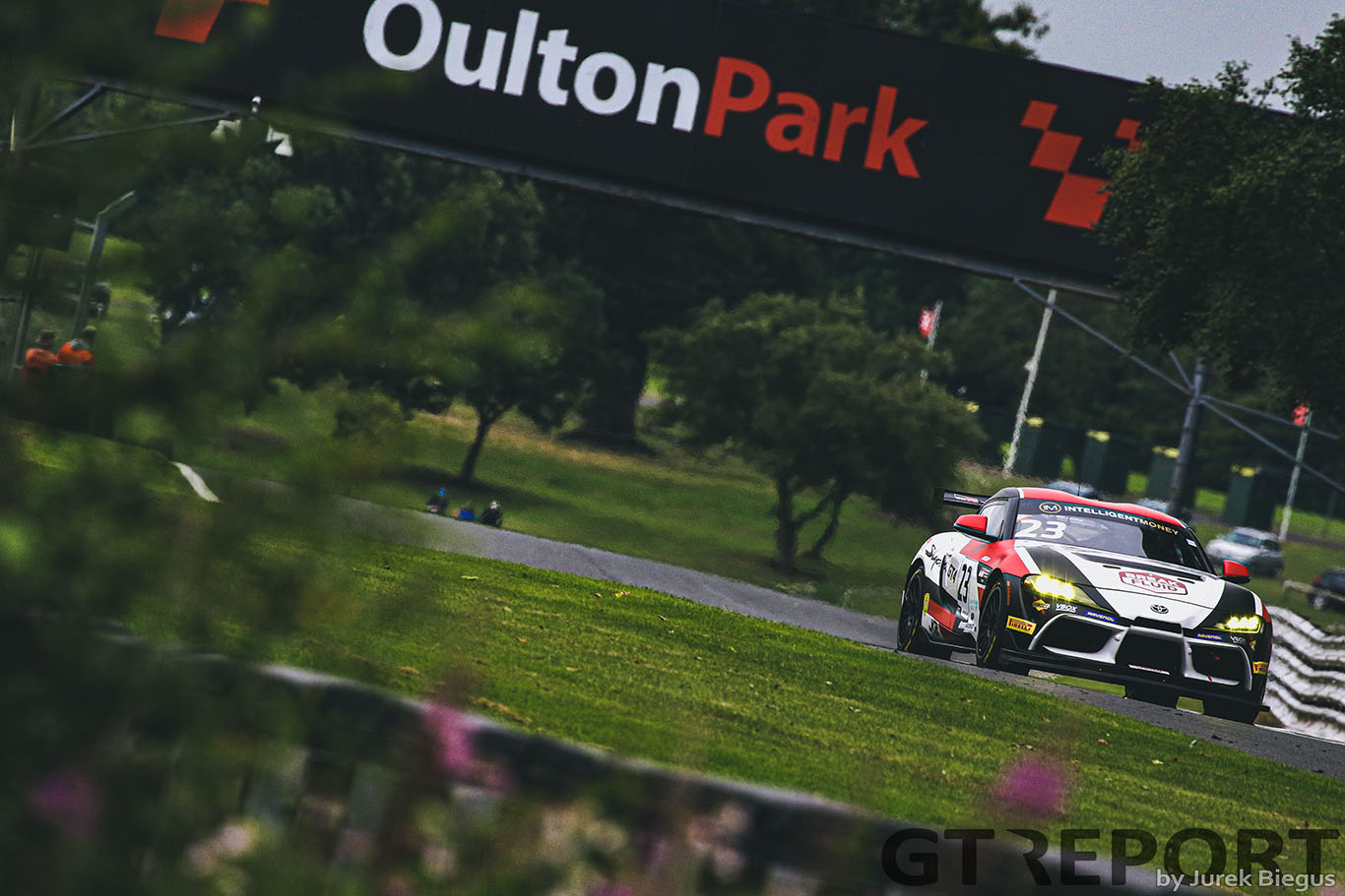 british gt oulton park qualifying