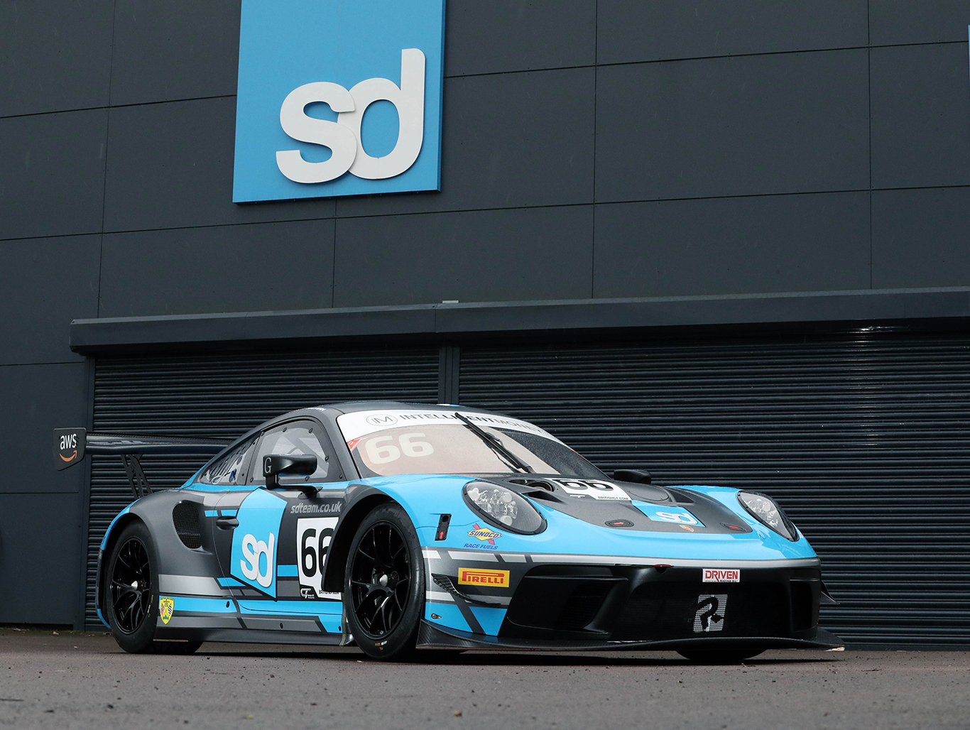 Team Parker Racing's Jones and Malvern jump to Porsche in British GT
