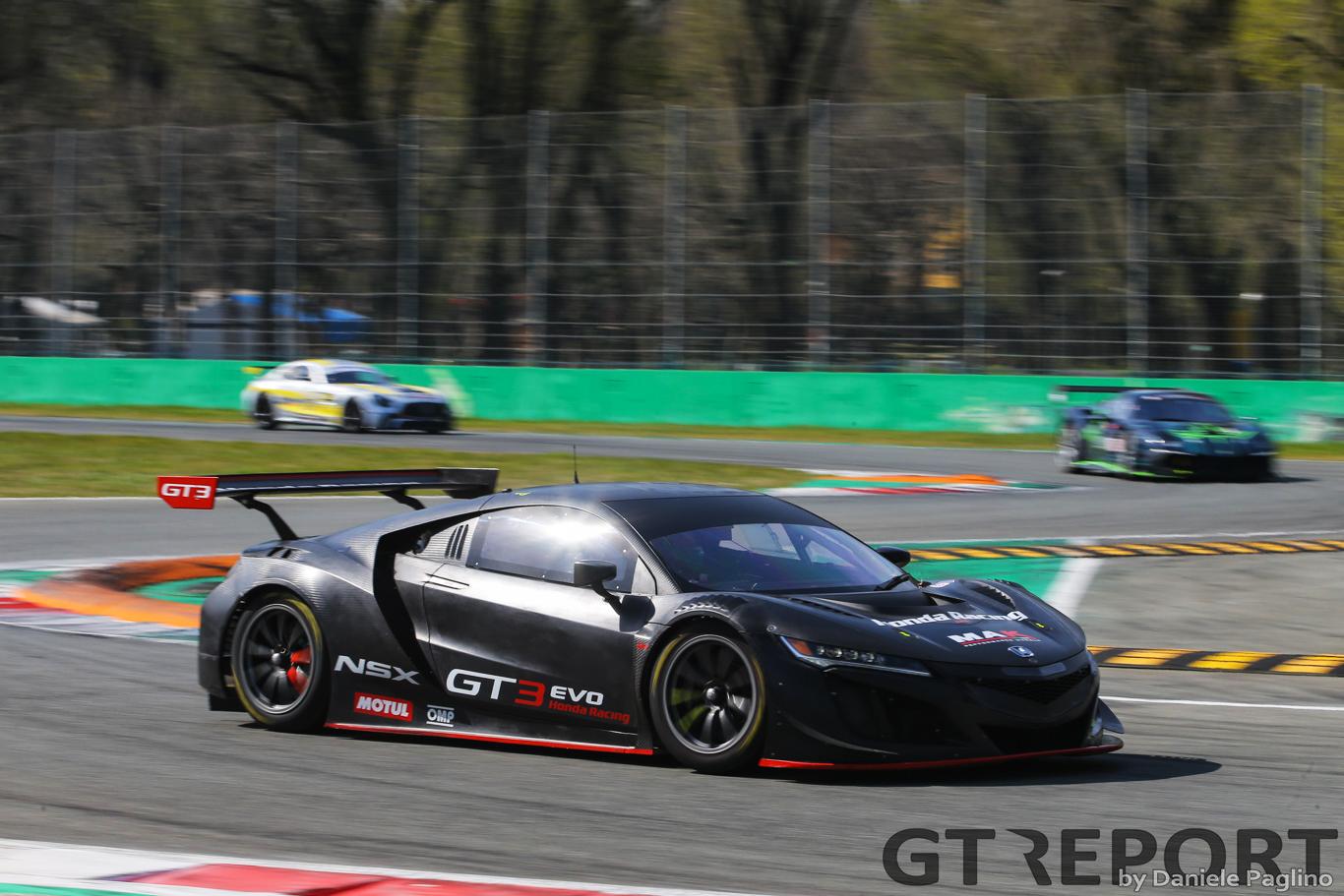 JAS development driver Erwin Zanotti sole driver of Honda NSX GT3 in Italian GT season-opener