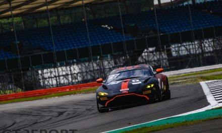 British GT Silverstone: Mercedes tops both practice sessions