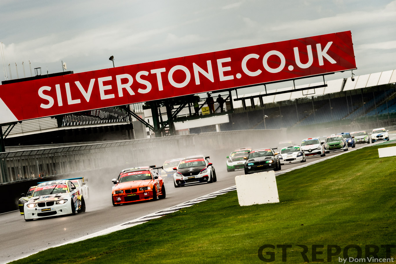 Britcar Trophy Silverstone: Woodrow domination continues