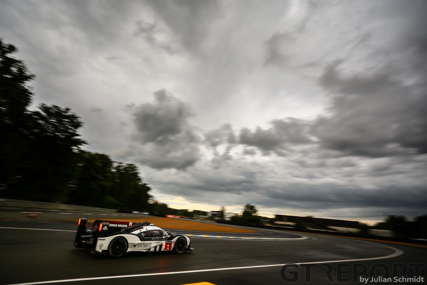 24 Hours of Le Mans Live Blog