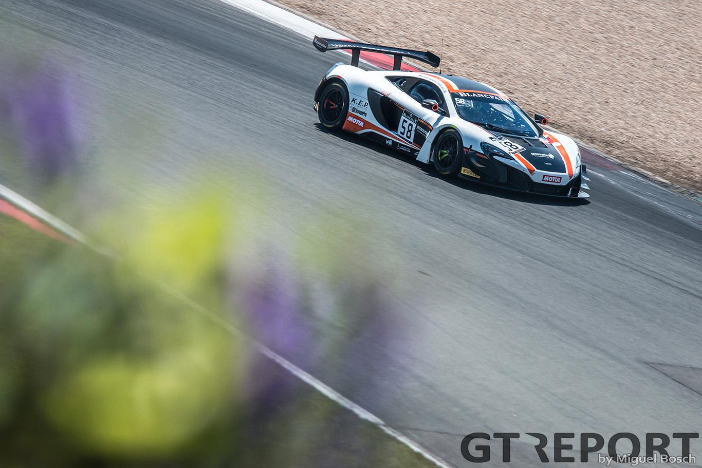 Blancpain GT Nürburgring: A tale of two teams