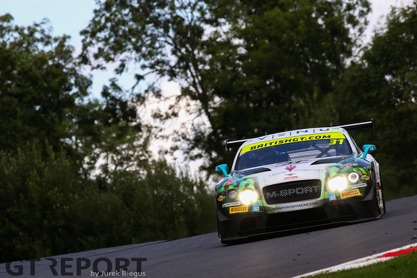 British GT Brands Hatch race report: Heat is on